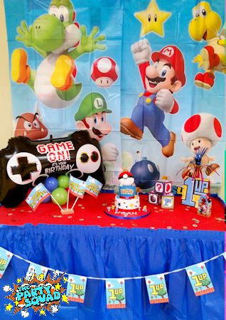 Cake Table at Gamers at Play Themed Party